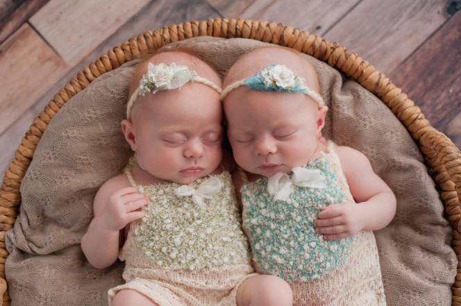 Митове за зачеване на близнаци