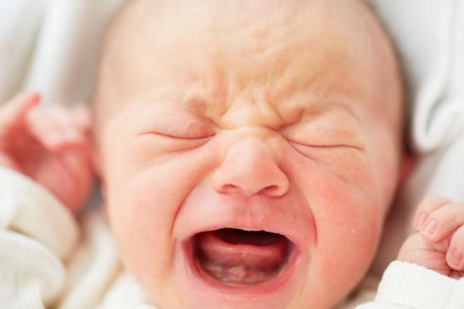 Плачещите бебета развалят 30% от браковете