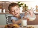 Нискомаслените млечни продукти не намаляват теглото при децата